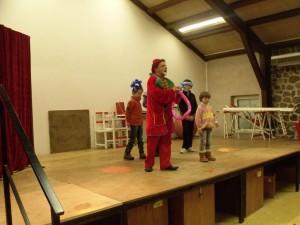 Le cirque Piccolino a proposé un très beau spectacle aux enfants à l'occasion de l'arbre de Noël